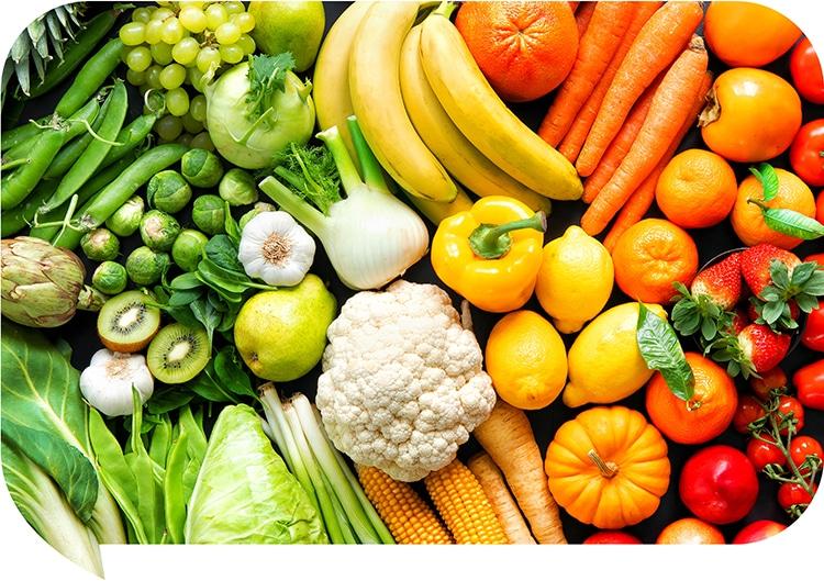 Alimentation moderne pauvre en aliments frais et donc en vitamine C.