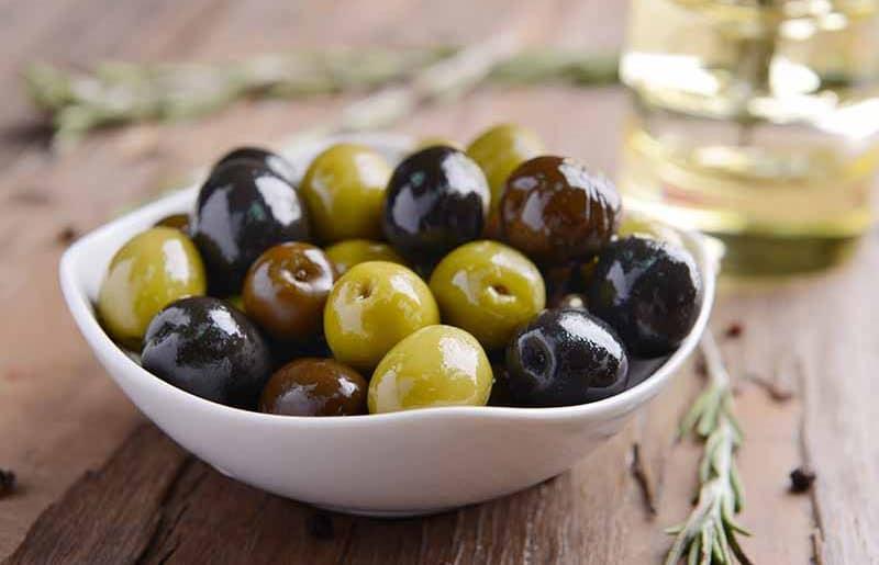 Les extraits de feuilles d'olivier concentrent l'oleuropéine de l'huile d'olive