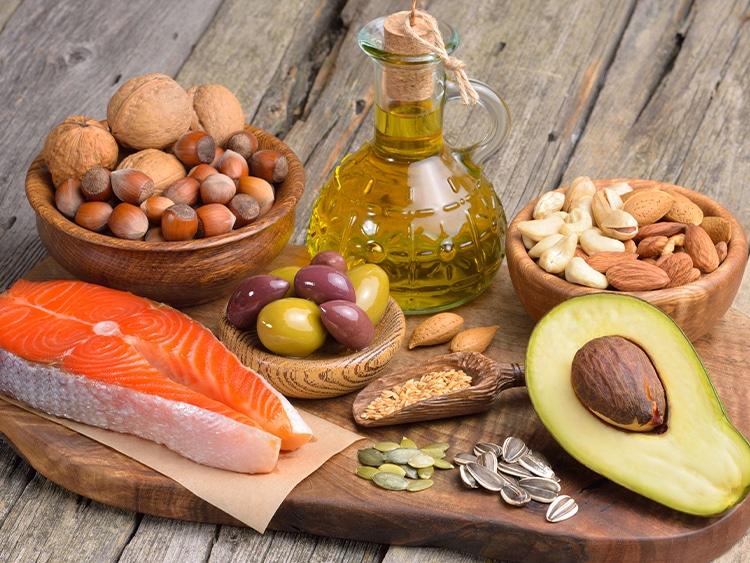 Exemples d'aliments riches en acides gras insaturés.